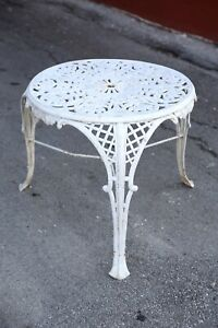 Vintage Cast Iron Garden Patio Table Victorian White Coffee end table heavy