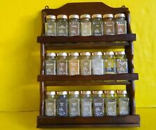 VINTAGE CHRYSTAL FOOD PRODUCTS SPICE SET WITH WOOD RACK, 21 GLASS JARS