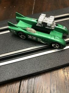 HOT WHEELS  1998 DOUBLE VISION, METALLIC GREEN 1/64 SCALE DIE-CAST   Used