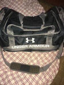 Under Armour Extra Large  duffle Bag , Gym, Travel , Blue/Gray