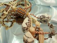 FAB Fun Chico's Signed Lobster Claw Lucite Eye Catching Seed Bead Necklace 561s0