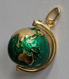 18K Gold Green Enamel Globe Pendant Spins
