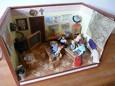 Jouet école maison de poupées décoration