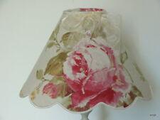 Abat-jour festonné  roses anciennes sur lin.  diamètre 25 /26cm