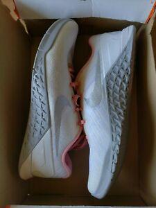 Nike Wmns Metcon 3 (849807-102) - Sizes 10-11.5