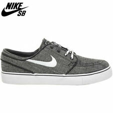 Men's SB Synthetic Trainers