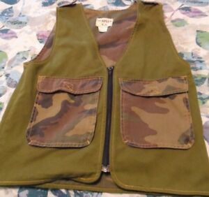 PREOWNED PARTIAL CAMO TYPE XL(YOUTH) VEST (60918)