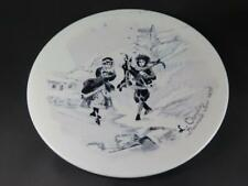 ANTIQUE DISPLAY or CHARGER PLATE Hand Painted Society Ceramique Maetricht 1898