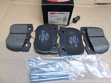LAND ROVER DEFENDER & DISCOVERY & RANGE ROVER FRONT BRAKE  PADS & FITTING KIT