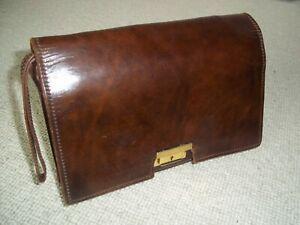 CLASSIC VINTAGE 1970's UNISEX BROWN LEATHER WRIST BAG/WALLET/UNDER ARM BAG