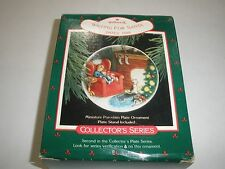 """1988 Hallmark Christmas Collector Plate W/Stand~#2~""""Waiting For Santa"""" ~T116"""