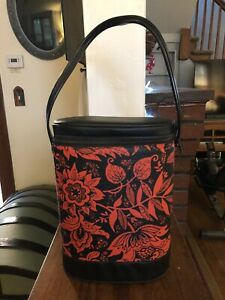 Vintage  Aladdin Vinyl Brunch Bag New with tag and with thermos Red Black Floral