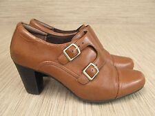 Clarks Brown Leather Shoes Women's Size US 10 M Buckle Fasteners Block Heels