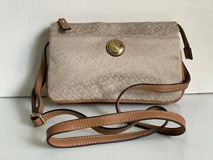 NEW! TOMMY HILFIGER EAST WEST BROWN MESSENGER CROSSBODY SLING BAG $69 SALE