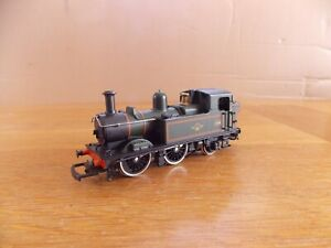 AIRFIX GWR 14XX CLASS 0-4-2T LOCO No 1466 in BR Green Livery OO Gauge