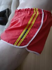 T.M. Boutique SPRINTER 52 Shorts Shiny DeDeRon rot True VINTAGE gym GDR Trunks