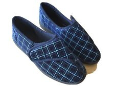 Mens Size 8 Slippers Blue Patterned Worn Once