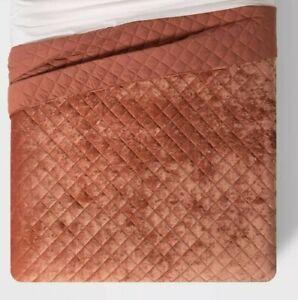 Threshold- Velvet Diamond Stitch Quilt, Full/Queen, Warm Blush