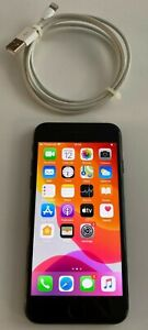 Apple iPhone 7 - Jet Black - 256GB (Unlocked) - Model A1778