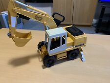 Bruder Liebherr Excavator Construction Digger Toy Kids Children Model Scale 1:16