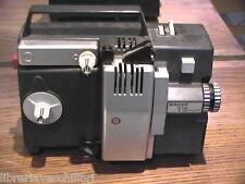 Vecchio PROIETTORE BAUER T 3 Super Vario 8 mm Cineproiettore a bobina pellicola