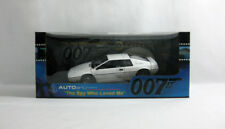 NEW 1999 James Bond 007 ✧ Lotus Esprit ✧ AutoArt 1:18 For Your Eyes Only MIB