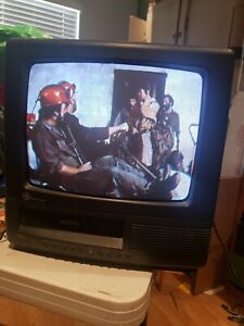 """GE General Electric 13TVR03 13"""" CRT TV VCR Combo Retro Gaming Television"""