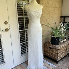 White Nicole Miller Gown Simple Wedding Dress Size 4
