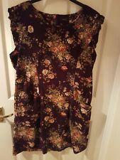 Amari Size 16 Purple Corduroy Dress With Floral Pattern. Amari Size 4