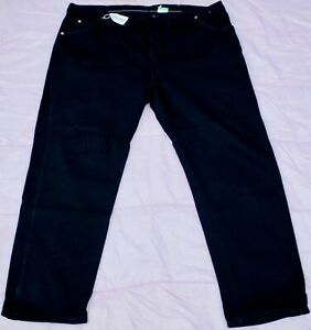 WRANGLER RELAXED Jean Pants for Men - W46 X L30. TAG NO. 449K