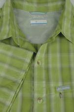 Columbia Men's Green Plaid Omni Shade Modal Polyester Outdoor Shirt M Medium