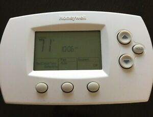 Honeywell TH6110D1005 Programmable Thermostat