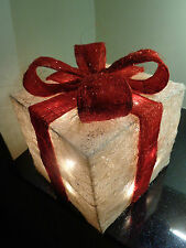 Stunning Off White+Red Sisal Light Up Parcel/20 Light/Christmas/Birthday/Present
