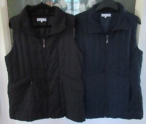 2 BLACK PEPPER LADIES PUFFER LINED VESTS 1 BLACK 1 NAVY SIZE 12 EXC CON