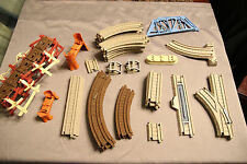 Thomas the Train Miscellaneous parts Track Set (Partial of Shaky wooden bridge)