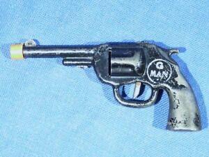 TOY CLICKER GUN...1940'S