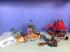(O3938.8) Playmobil grande ile pirate + bateau ref 3938 3174