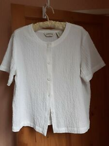 Beautiful Pure White Orvis Size M Cardigan Jacket Soft And Stretchy
