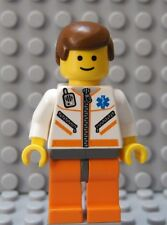 LEGO City Town Male Female First Responder Flight Nurse Doctor Shor Brown Hair