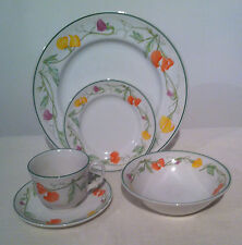 Johnson Brothers dinnerware Summer Delight 5pc Place Setting Dinner Bowl