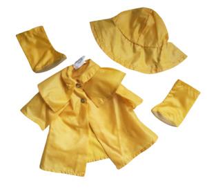 VINTAGE FISHER PRICE MY FRIEND MANDY'S DOLL FASHION CLOTHES RAIN SLICKER 219