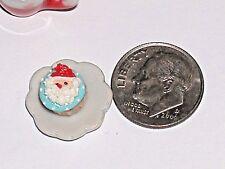 1pc miniature little dollhouse candy Christmas Chocolate Cupcake santa food