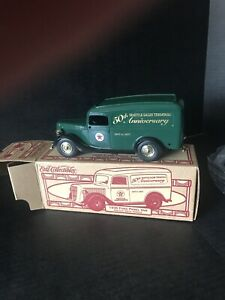 Ertl diecast Texaco 36 Ford panel van 50th anniversary,Seattle sales,MINT,#19226