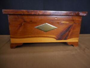 Vintage Wood Small Trinket Box Hinged Lid Kitsch Bedroom Decor Flea Market