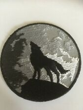 "Iron-on Patch ""Wolf Howling in the Night"" Punk Goth Biker Freespirit"