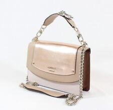Borse e borsette da donna beige GUESS con tasche interne