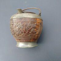 Objet de curiosité vase Chine Japon pot à peinture à colle? étain & bois sculpté