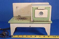 Vintage Kingston Metal Oven Stove Toy Kitchen #400 Set Nice