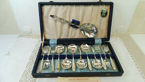 Antique English 6 Place Setting Viner & Hall Sheffield Silver Plated Dessert Set