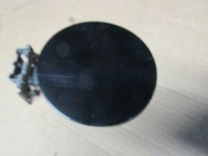 00-06 OEM TAHOE YUKON SILVERADO SUBURBAN SIERRA GAS CAP FUEL DOOR Black 8555
